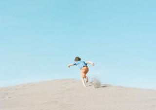 デザイナーからフォトグラファーに転身した濱田英明氏の写真展「DISTANT DRUMS」