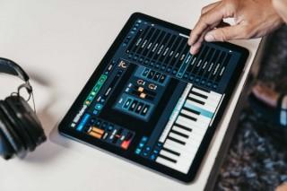 ローランド、手軽に音楽制作を楽しめる無料アプリ「ゼンビーツ」をリリース