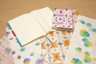 桂屋ファイングッズ、小津和紙とコラボした「和紙の手染めキット」を発売