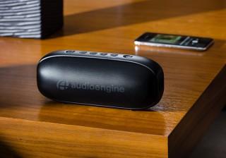 コペック、迫力サウンドを手軽に持ち運べるスピーカーAudioengine 512を発売