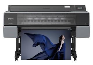エプソンが水性顔料11色インクを搭載した大判プリンタ「SC-P9550/P7550」を12月発売