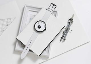 点と線と面をコンセプトにしたシンプルな時計「PLP II」の発売を記念してデザインコンテストが開催中