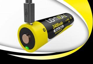 乾電池の代わりにも使えるモバイルバッテリー「LIGHTINGALE(ライティンゲイル)」