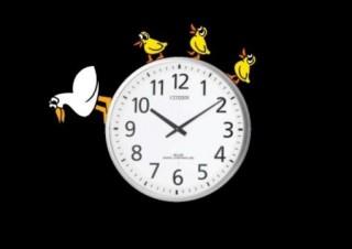 国立病院機構横浜医療センターのロビーに「時計の住人」プロジェクションマッピングが登場