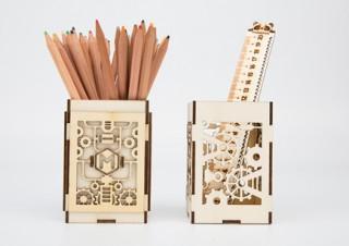 手描きイラストにも対応するレーザーカッター「Laserbox」