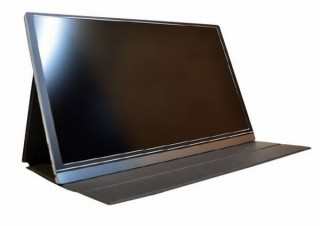 ノートPCやゲーム機につけられる、持ち運び可能な「15.6型軽量モニター」発売