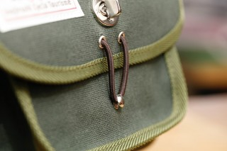 老舗工房から見えてくる「帆布」の魅力 ~ 犬印鞄制作所の帆布鞄  ~