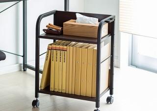 サンワサプライ、デスク下スペースに収納できる木製デスクワゴンを発売