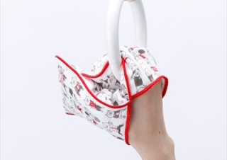 ヴィレヴァン、ねこ柄がかわいいミトン型「すごーく便利なタオルハンカチ」を発売
