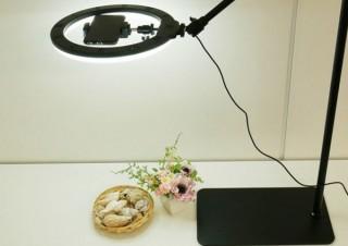 室内での俯瞰撮影が捗る26cmリングLED付き「ロングアームポールスタンド」発売