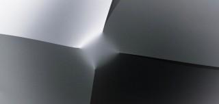 野老朝雄氏に師事したアーティスト四方謙一氏の個展「transition」