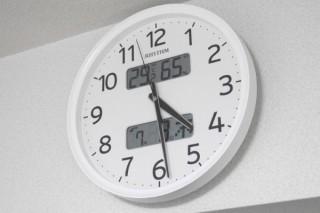 いつでもどこでも正確な時間を求める人に、いまこそ「電波時計」のススメ