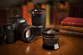 アルヴォリ、カメラレンズと伝統文様を掛け合わせた「江戸切子レンズグラス」を発売