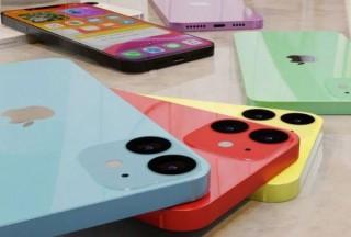 iPhone12の発売スケジュール、中サイズが先で小・大サイズは後になるとの情報