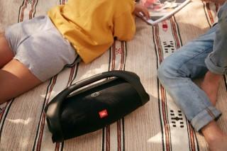 ハーマン、ポータブルBluetoothスピーカー「JBL BOOMBOX2」を発売