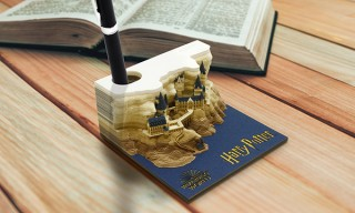 FOX、紙を使うにつれてホグワーツ城が姿を見せるブロックメモ帳を発売