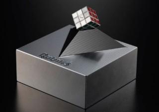 メガハウス、各辺0.99cmで世界最小の「極小ルービックキューブ-0.99㎝超精密金属製-」発売