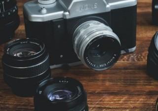 一眼レフの機能を兼ね備えたハイスペックなインスタントカメラ「NONS SL42(仮)」