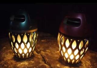 LEDランプが炎のようにゆらめき無線スピーカーにもなる「炎音」、限定カラーを発売