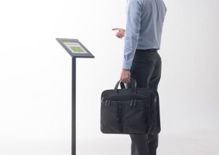 サンワサプライ、iPad用のセキュリティボックス付きスタンドを発売
