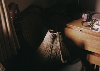 本人による手焼きプリントで約20点の作品が紹介される木村和平氏の写真展「あたらしい窓」