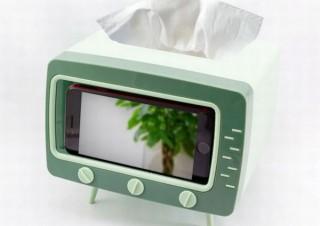 スマホを入れるとブラウン管テレビ風になる「テレビ型ティッシュボックス」発売