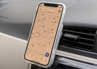 MagSafeを使ってカンタン固定、車内でiPhoneを取り付けておけるマウント