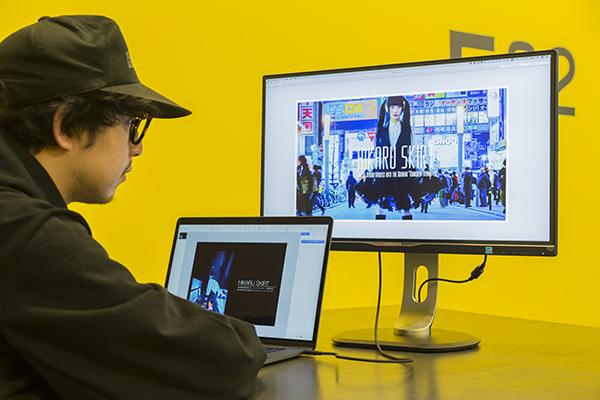 次世代MacBookのパートナー。一本のケーブルで全てをつなぐディスプレイ